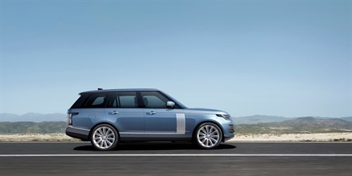 Range Rover PHEV On Road